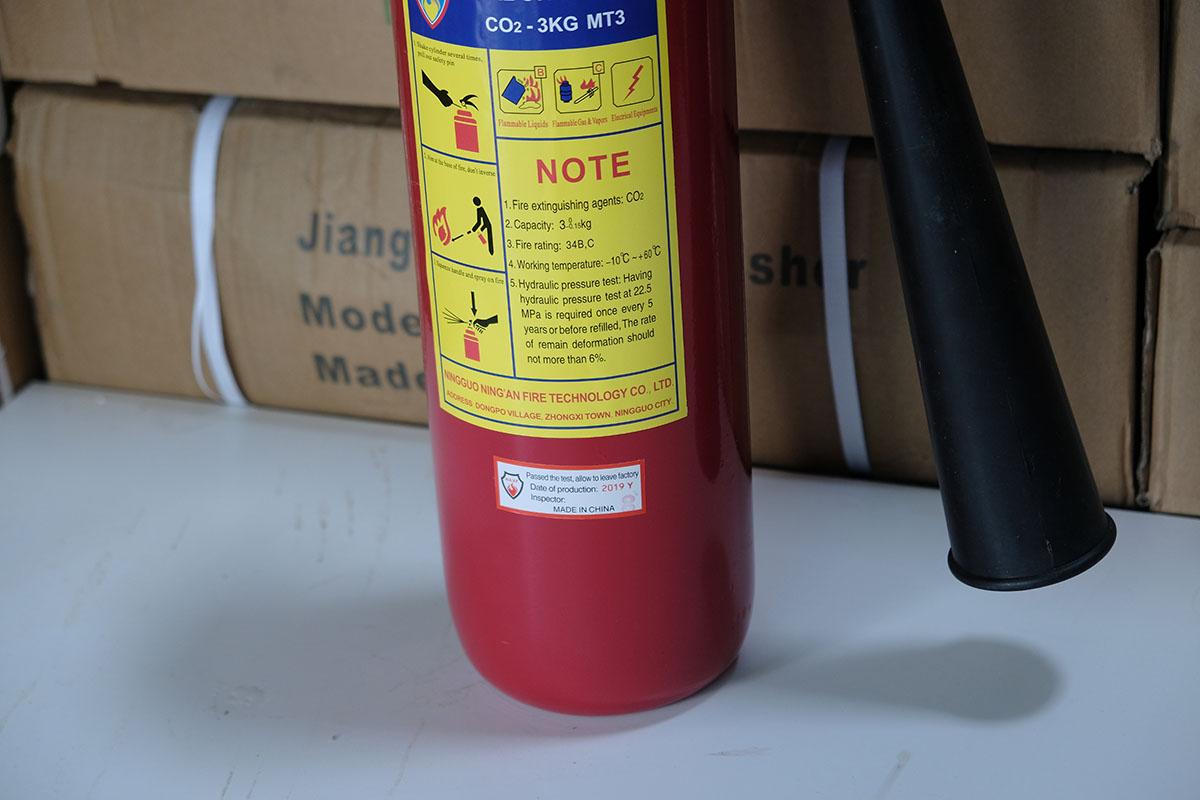Bình chữa cháy khí CO2 3kg loại nhỏ xách tay