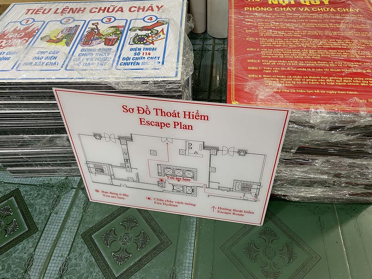 bảng mica sơ đồ thoát hiểm pccc tòa nhà