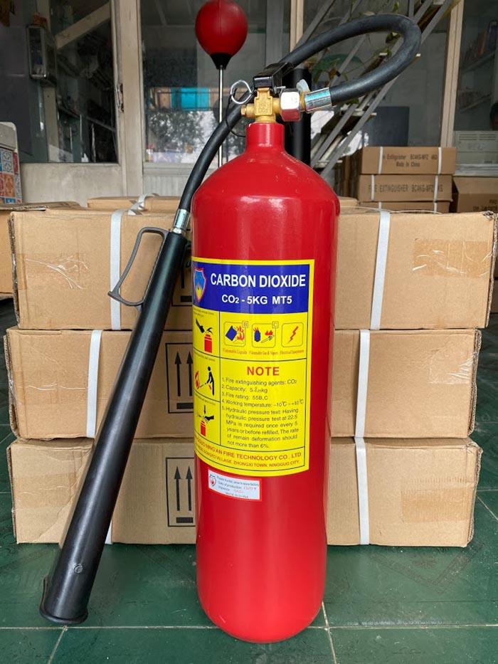 Bình chữa cháy co2 xách tay 5kg mt5