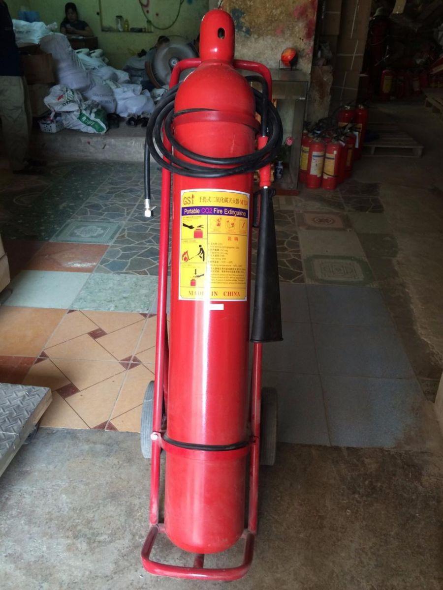 Bình chữa cháy khí CO2 5kg MT5 xách tay