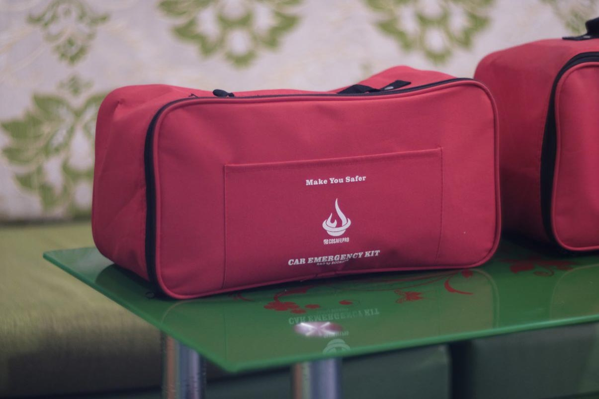Bộ dụng cụ cứu hộ pccc Car Kit Ecosafe pro