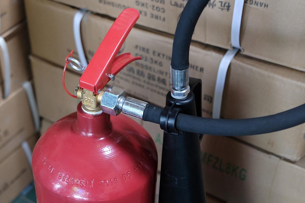 Cách bảo quản kiểm tra bình chữa cháy co2 MT5 loại xách tay