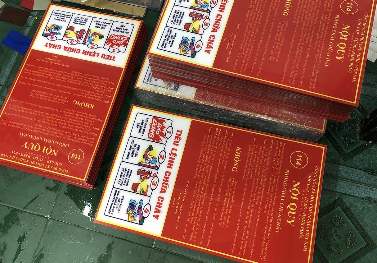 bảng nội quy pccc + tiêu lệnh chữa cháy chung kích thước 400*600*2mm